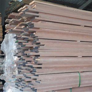 gỗ sếu đỏ